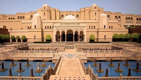 Luxuri Hotels