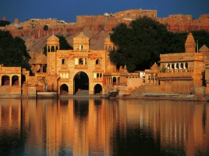 Gadi_Sagar_Temple_Jaisalmer_Rajasthan_India